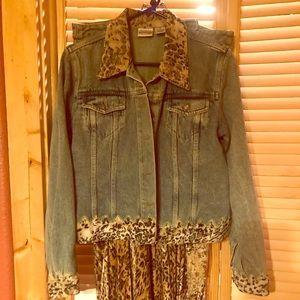 Newport News retro Jean outfit! In season!